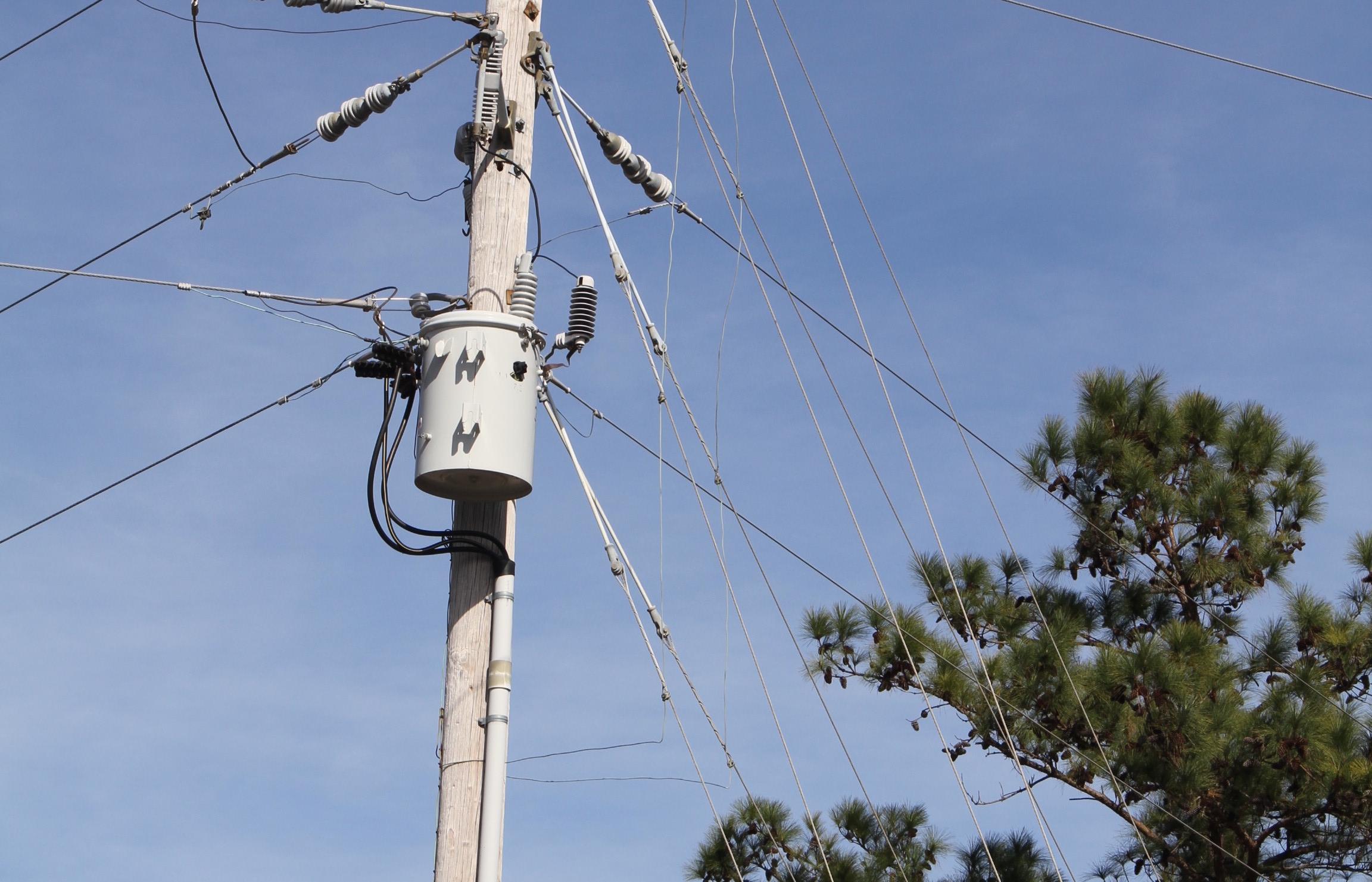 Transformer Electrical power pole - Metglas, Inc